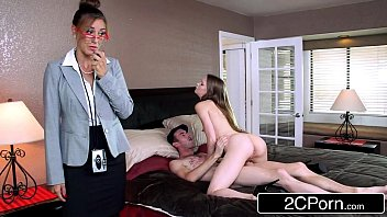 Сovid 19 porno трахает рачком необычайно пышную куколку
